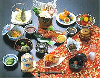 外観:azumakan-appearance.jpg,客室:azumakan-room.jpg,お風呂:azumakan-bath.jpg,お料理:azumakan-dinner.jpgお料理